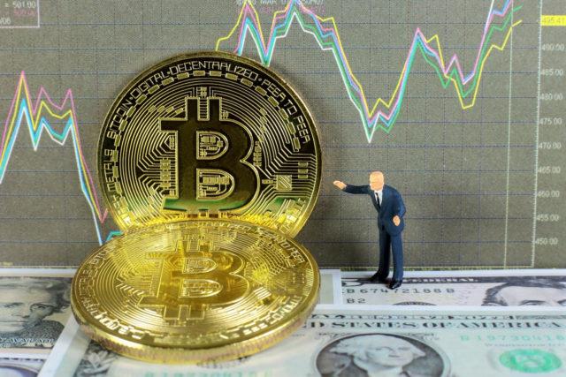 Почему крупные компании интересуются биткоином?